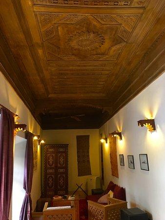 Riad Jmya: le grand salon