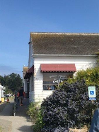 Hudson Point Cafe: Signage