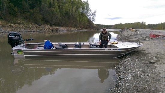 Alaska Chinook Charters: Deshka Landing ready to go fishing!