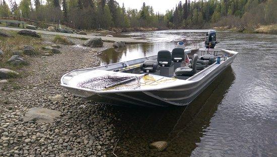 Alaska Chinook Charters: Little Su (Burma) Landing ready to go fishing!