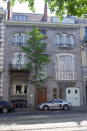 Maison and Atelier Dubois