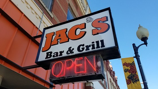 Chatfield, MN: Jac's Bar and Grill
