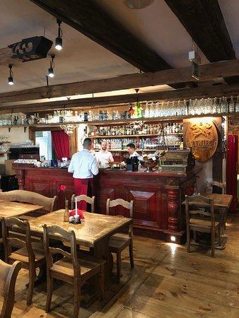 Restauracja Czerwony Wieprz: The bar