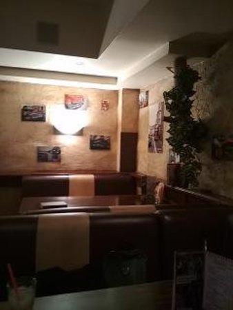 Street Pizza Bar