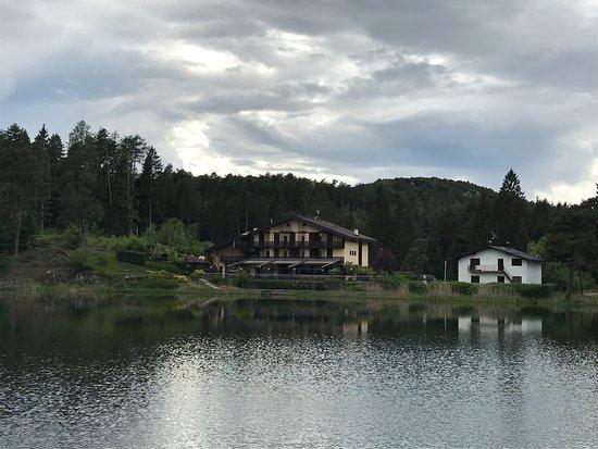 Albergo Lago Santa Colomba: uitermate geschikt voor mooie wandelingen en een bezoek een Trento.