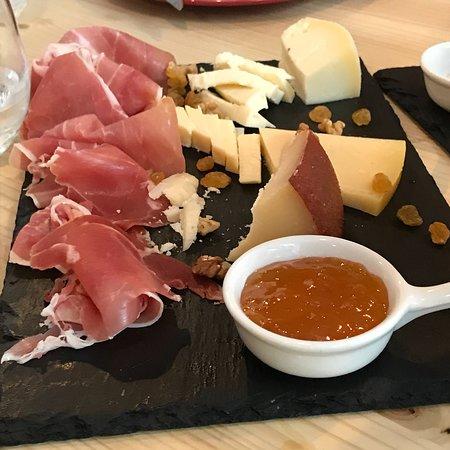 Foto de Arco-da-Velha Bistro & Wine Bar