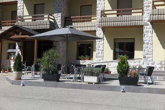 Hotel Bielsa : Terraza