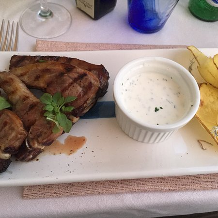 Al Mare Restaurant & Bar: photo1.jpg