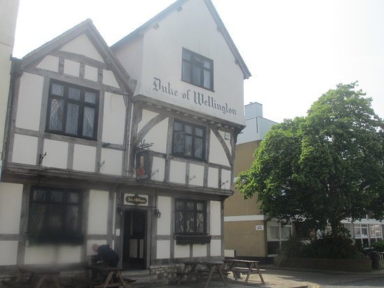 Duke of Wellington: exterior