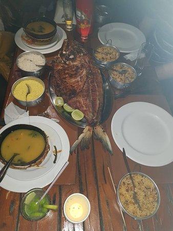 Tambaqui De Banda - Teatro Amazonas: tambaqui and side dishes