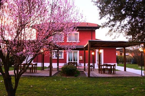 Entrance - Picture of La Cantoniera Ristorante, Luzzara - Tripadvisor