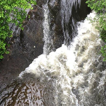 Spencer, TN: Piney Creek Falls