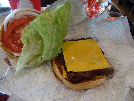 Wendy's: Single cheese burger