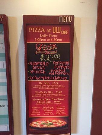 Aulani, A Disney Resort & Spa: dinner options at Ulu cafe