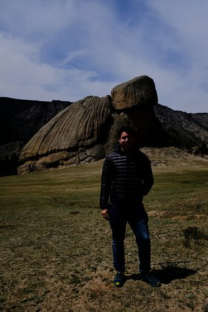 成吉思汗一日游与Gorkhi-Terelj国家公园张图片