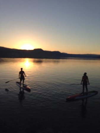 Sun n' Sup: Some of the most amazing Naramata sunset paddles.