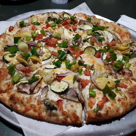 Round Table Pizza Fremont 40831 Fremont Blvd Menu Prices Restaurant Reviews Order Online Food Delivery Tripadvisor