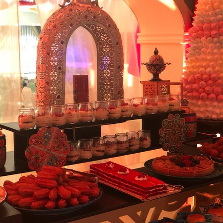 Sheraton Grand Doha Resort & Convention Hotel Photo
