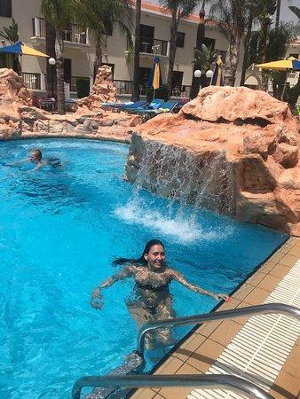 Loutsiana Hotel Apts Photo