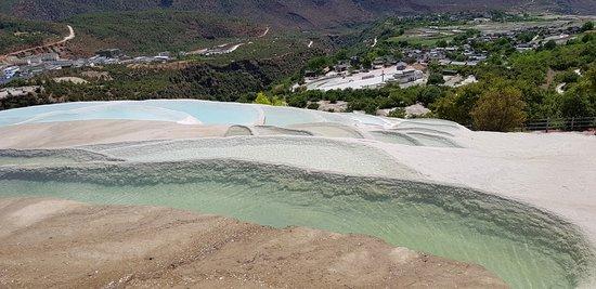 White-Water Terraces (Baishuitai) ภาพถ่าย