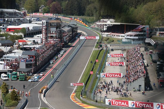 Circuit de Spa-Francorchamps : Looking from the Radillon hill