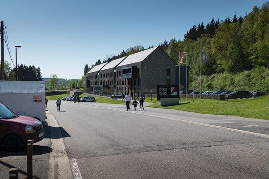 Circuit de Spa-Francorchamps : Hotel near La Source/ Turn 1 entry gate