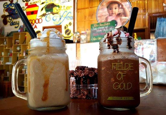 Quezon, Filipiny: Frozen Macchiato & Irish Caramel, yummmmm!