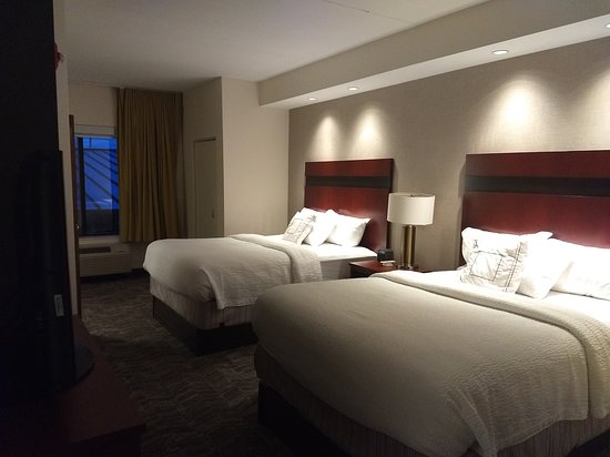 SpringHill Suites by Marriott Pigeon Forge: Room #208