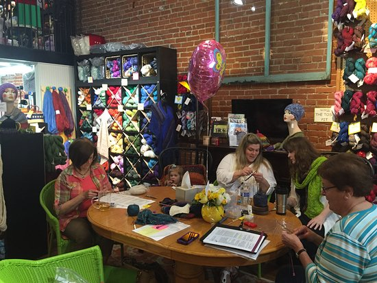 Silverton, OR: Classes, and knitting groups