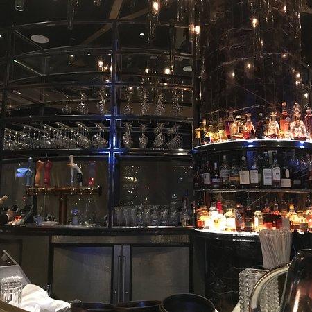 Foto de 1608 - Wine & Cheese Bar