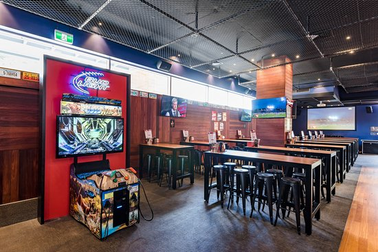 Varsity Bar - Waterford: Video games