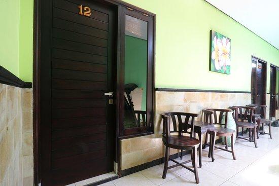Nu'Pondok 2A: Hotel and Ground