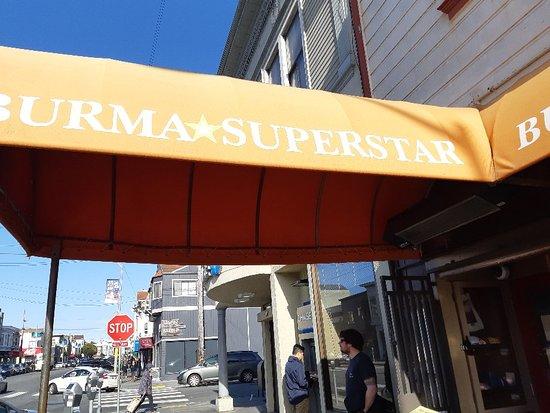 Фотография Burma Superstar Restaurant