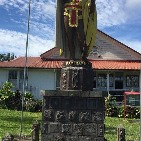 卡美哈美哈国王铜像照片