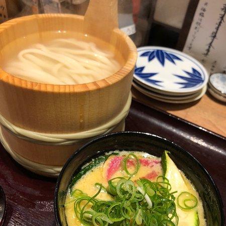 Kagawa Ippuku Ikebukuro: うどん酒場 香川一福 池袋