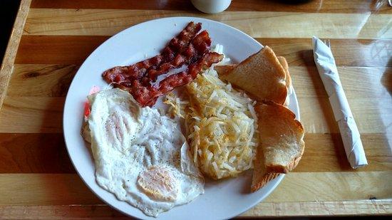 Nevis, Minnesota: Delicious breakfast .