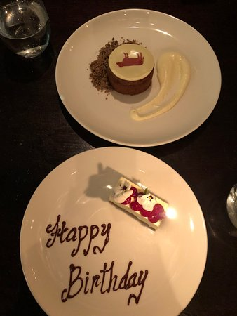 Grand Hyatt Melbourne: Wonderful birthday cake