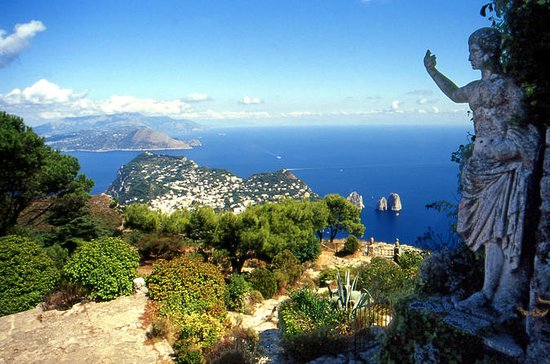 Semi-Guided Capri Island Tour...