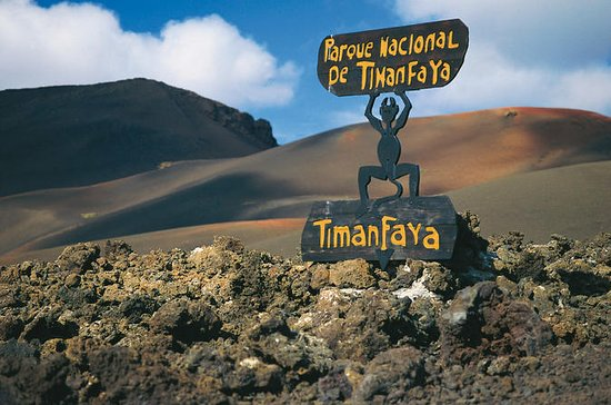 Bus and Entrance to Timanfaya...