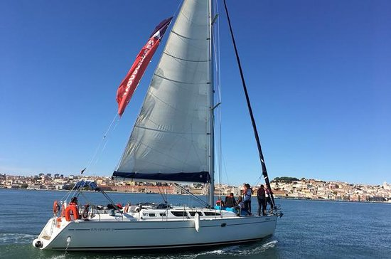 Day Sailing Tour on the Tagus River...