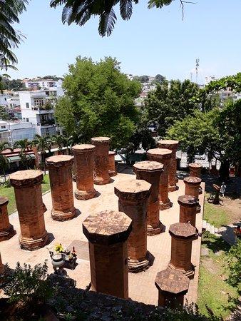 Po Nagar Cham Towers ภาพถ่าย