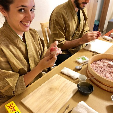 Cooking Class Japan Cross Bridge : Healthy rice sushi of Tuna and Salmon course