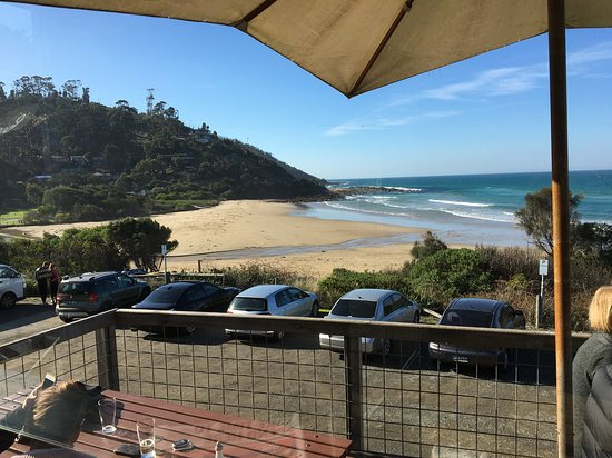 Wye River, Australia: Great view for a meal.