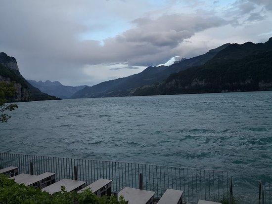 Weesen, Switzerland: Der Wakensee bei Srurmwarnung
