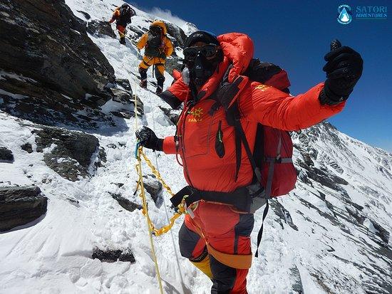 Satori Adventures: on the way to Everest Summit