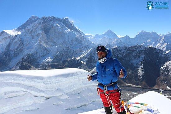 Satori Adventures: Mount Everest - spring 2018