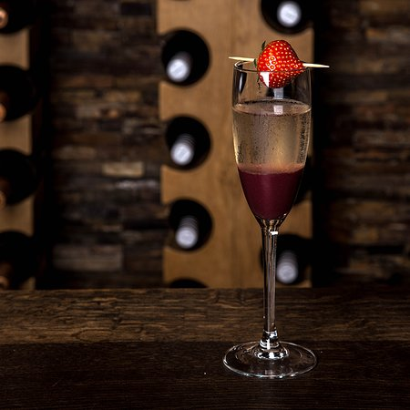 The Waterfront: Raspberry Bellini