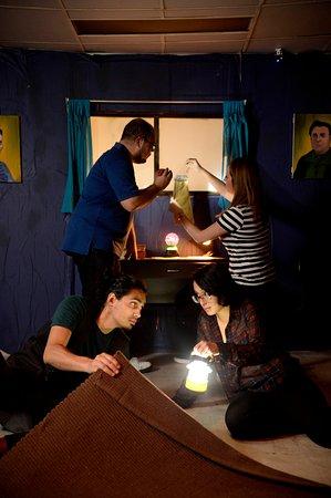 Enigmata Escape Room : Vive una experiencia de miedo en el cuarto de Olivia