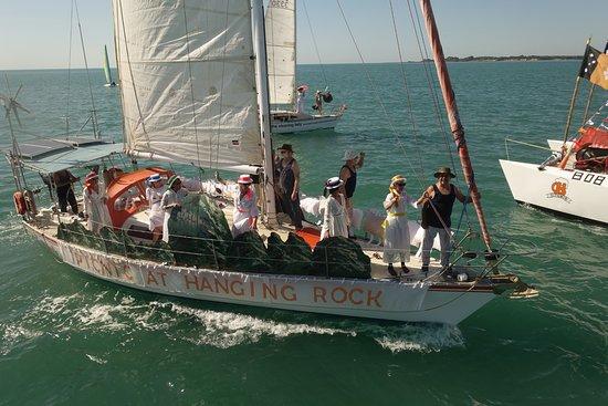 Darwin Sailing Club Waterfront Bistro: On water action