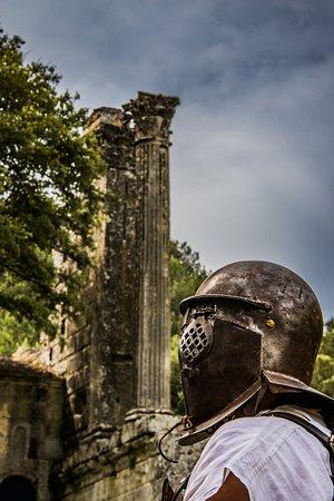 Chateau Bas : Journée Romaine au mois de juin.